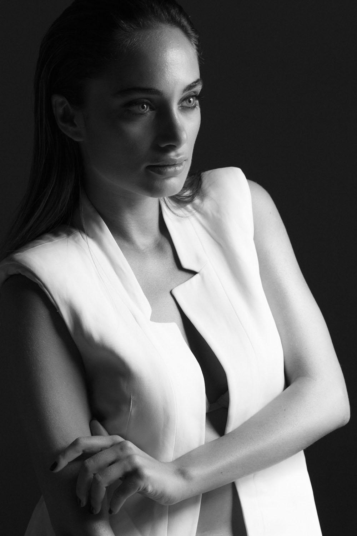 Denise Capezza denise bn denise bw Marinella Gomorra Turchia foto di Mehmet Cakici Angelina Jolie