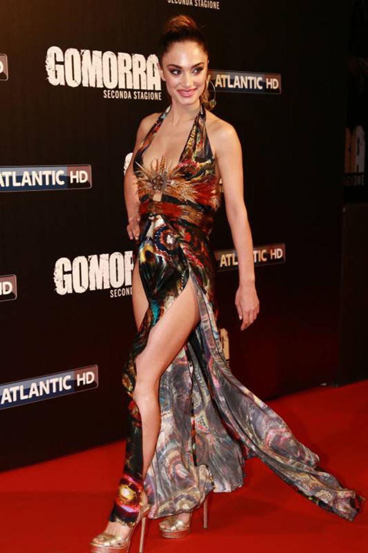 Denise Capezza a Gomorra La serie Anteprima Gomorrah The series Preview - Sfila sul red carpet con un vestito di Alessio Visone