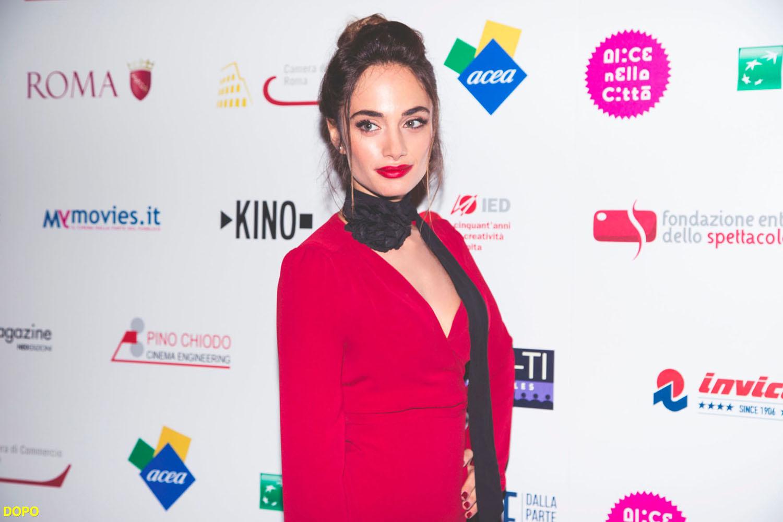 Denise Capezza a Radice di 9 Anteprima Radice di 9 Preview al Roma Film Festival Cinema - Sfila sul red carpet con un vestito rosso